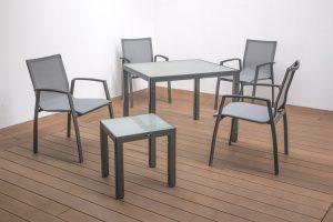 4 Largo Sessel, Tisch Manhattan 90 x 90 & Beistelltisch
